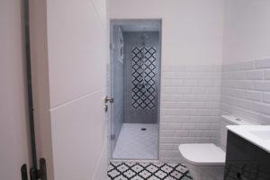 Reforma del baño de cortesía