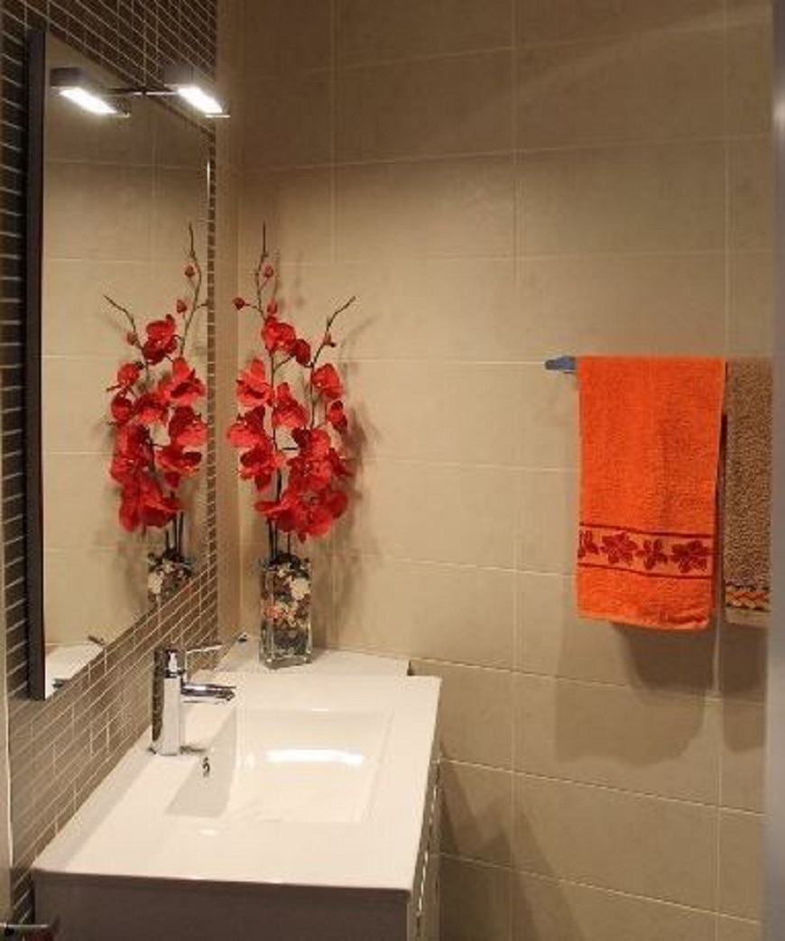Las reformas de cocinas y baños que se afrontan conjuntamente permiten estrenar facilidades en las dos estancias con mayor funcionalidad de la casa